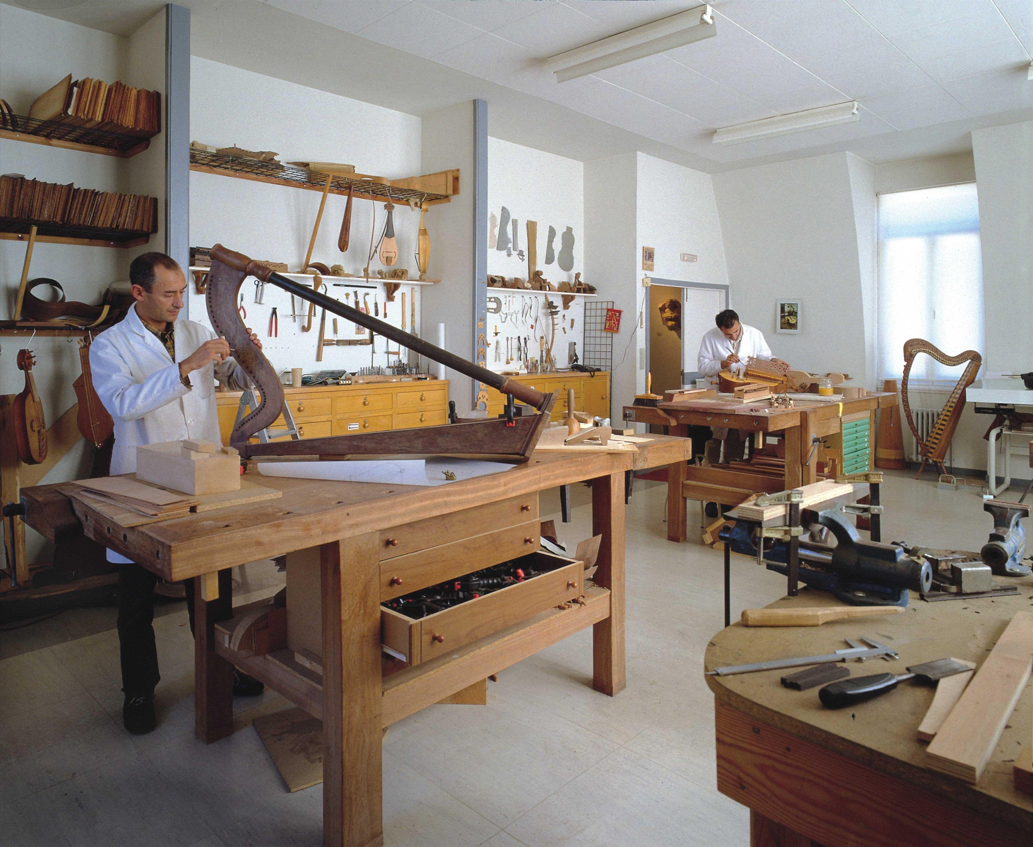 Obradoiro de instrumentos musicais