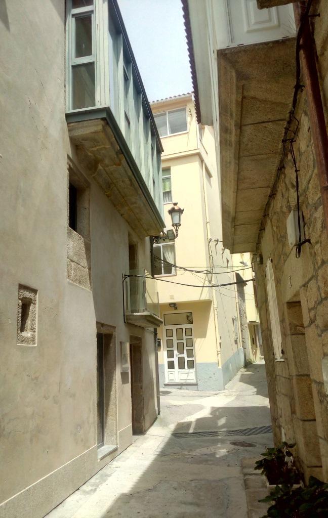 Entrada na rúa Pracer