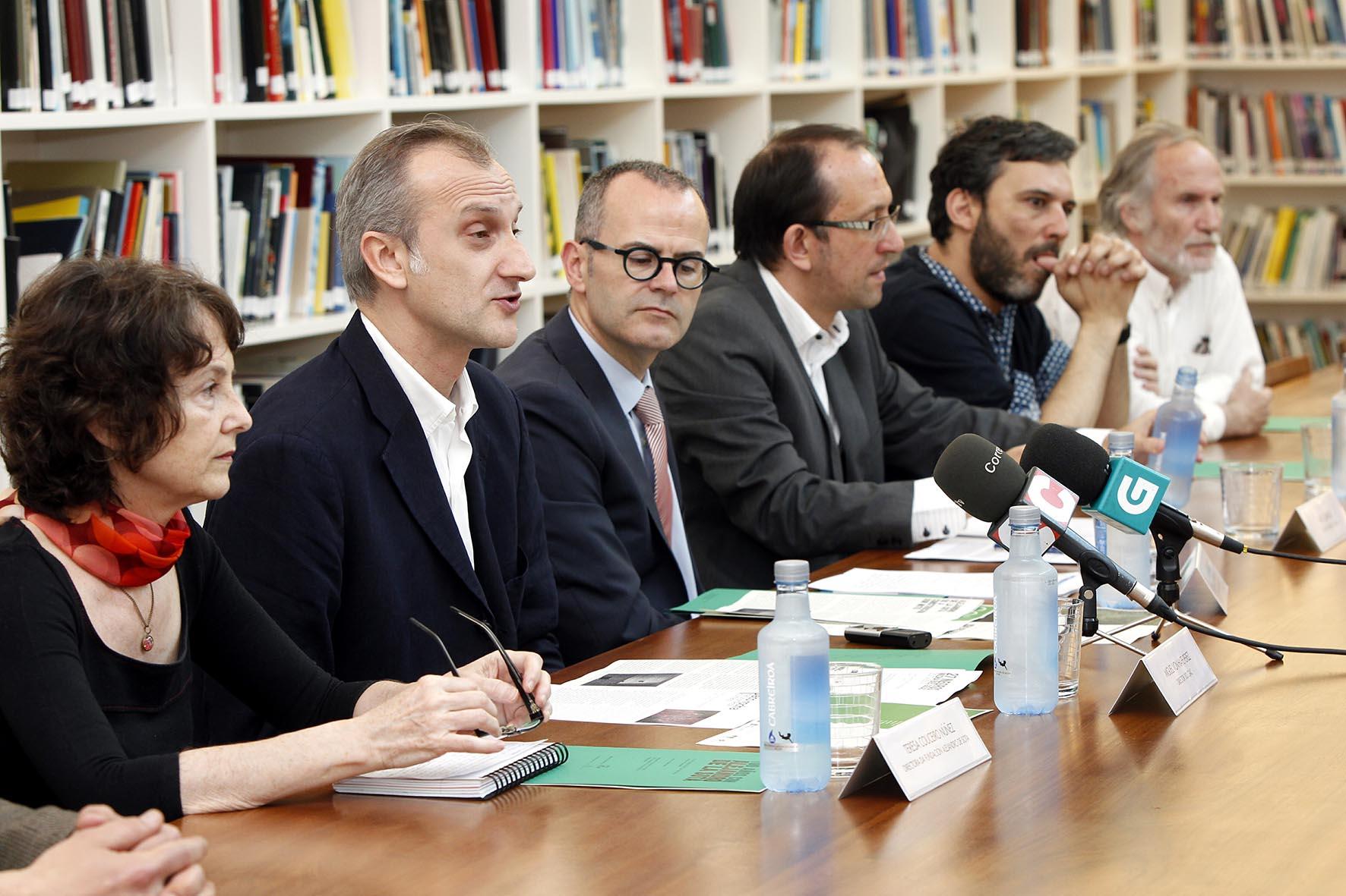 Xesús Vázquez Abad na presentación das novas exposicións do CGAC